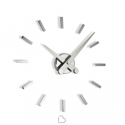 Nomon Puntos Suspensivos wall clock